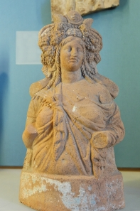 A Ptolemaic era statue of Isis (Wikipedia)