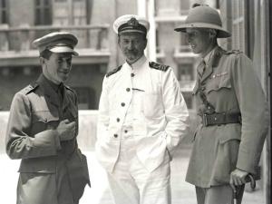 T.E._Lawrence;_D.G._Hogarth;_Lt._Col._Dawnay